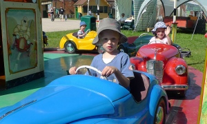 I drive just like Mom and Dad!